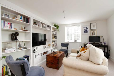 2 bedroom flat to rent - Oakford Court, Henley On Thames