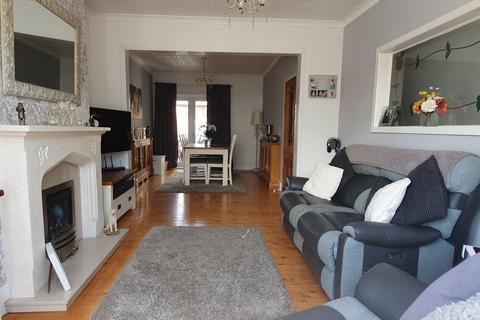 2 bedroom terraced house for sale - Sandringham Street,  Hull, HU3
