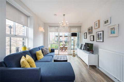 1 bedroom flat for sale - Concord Court, Palladian Gardens, London