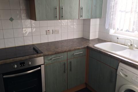 2 bedroom flat to rent - Barking, Essex, IG11 0YA