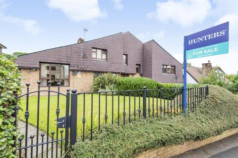 6 bedroom detached house for sale - Leaconfield Drive, Worsley, Manchester, M28 2WE
