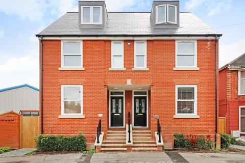3 bedroom semi-detached house for sale - Lower Denmark Road , , Ashford, TN23 7SU