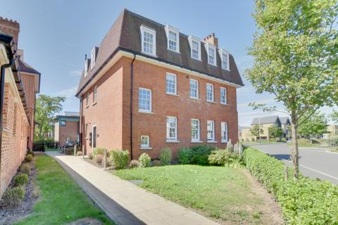 2 bedroom apartment for sale - Safflower Lane, Romford, Essex, RM3