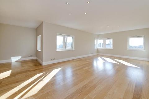 3 bedroom property - Warren House, W14