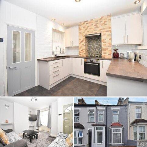 2 bedroom terraced house for sale - Hartville Road London SE18