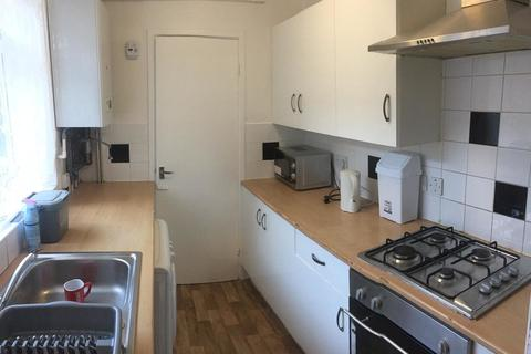 3 bedroom terraced house to rent - Letchworth Street, 3 Bed, Rusholme, Manchester
