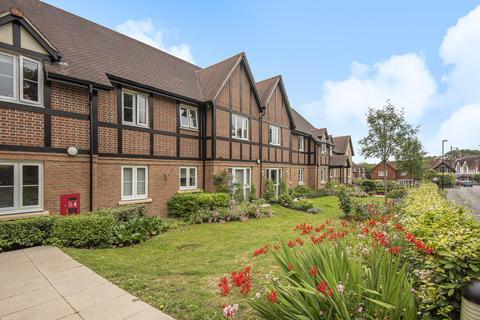 1 bedroom apartment for sale - Storrington - close to shops