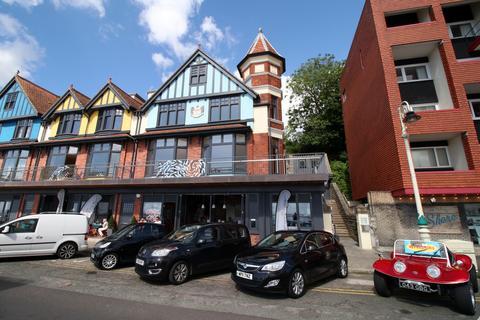 4 bedroom townhouse - The Esplanade, Penarth