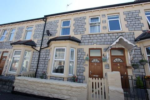 3 bedroom terraced house for sale - George Street, Barry