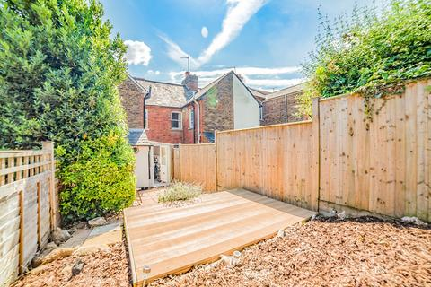 2 bedroom terraced house for sale - Woodside Road, Tonbridge, TN9