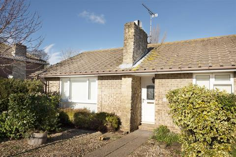 3 bedroom detached bungalow for sale - Tina Gardens, Broadstairs