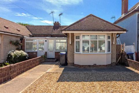 2 bedroom semi-detached bungalow for sale - Orient Road, Lancing