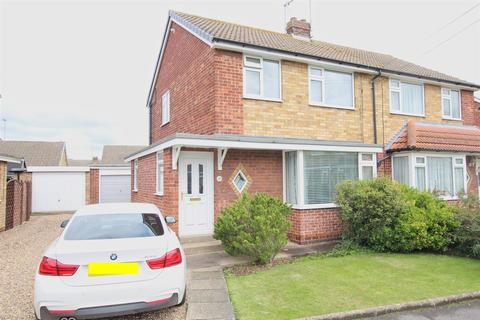 3 bedroom semi-detached house for sale - Molescroft Park, Beverley