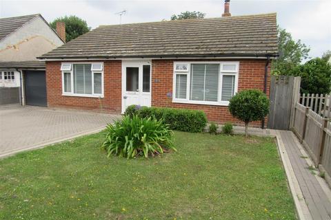 3 bedroom detached bungalow for sale - Pine Walk, Herne Bay