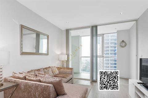 1 bedroom flat - Sky Gardens, Wandsworth Road, Nine Elms, SW8