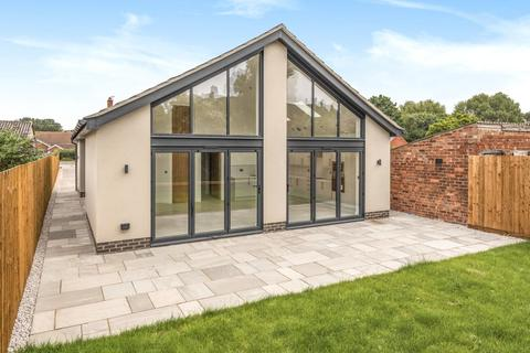 3 bedroom detached bungalow for sale - Fen Road, Washingborough, LN4