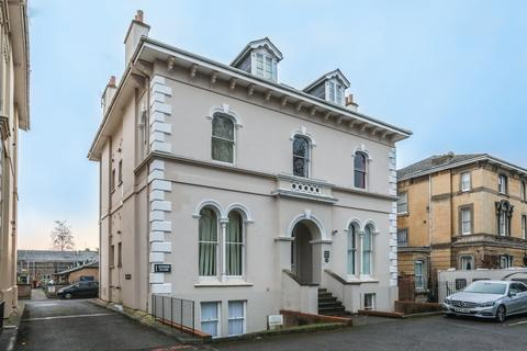 1 bedroom flat for sale - Pittville Circus Road, , Cheltenham, GL52 2PZ