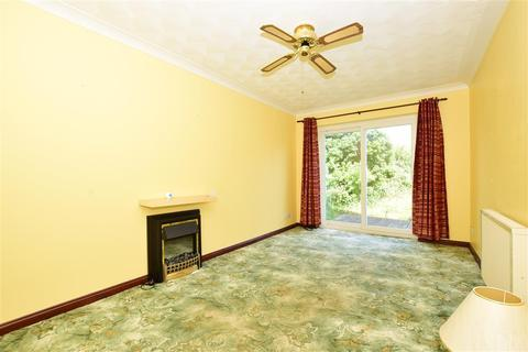 2 bedroom detached bungalow for sale - College Road, Deal, Kent