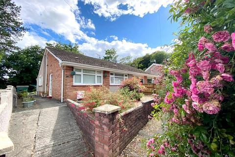 2 bedroom semi-detached bungalow for sale - Lon Brynteg, Neath, Neath Port Talbot. SA10 7RU