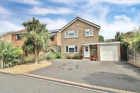 4 bedroom detached house for sale - Knights Road, Bearwood, Bournemouth