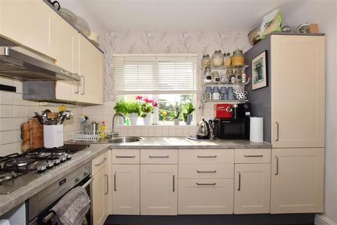 3 bedroom bungalow for sale - Hartley Road, Cranbrook, Kent