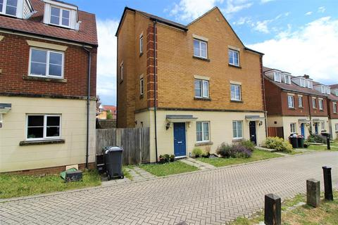 4 bedroom townhouse for sale - Repton Park, Ashford, Kent TN23 3FE
