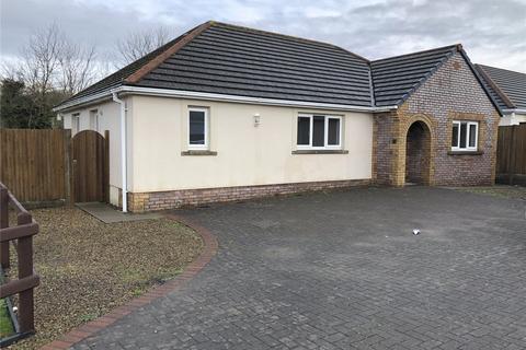 3 bedroom bungalow to rent - Gibbas Way, Pembroke, I8Sir Benfro, SA71