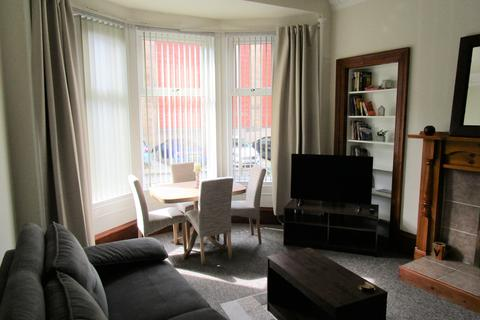 1 bedroom apartment to rent - Overdale Avenue, Battlefield, Glasgow G42