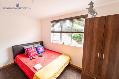 7 bedroom house share to rent - 43 NORTH ROAD, ROOM6