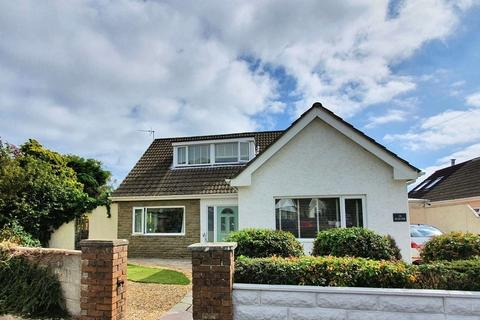 4 bedroom detached bungalow for sale - CHERRY TREE AVENUE, DANYGRAIG, PORTHCAWL, CF36 5RD