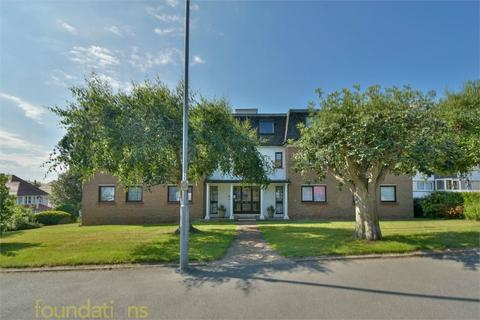 2 bedroom flat for sale - Highgrove, De la Warr Road, BEXHILL-ON-SEA, East Sussex