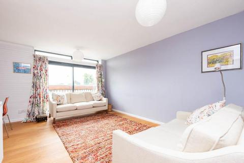 2 bedroom flat to rent - Martin Court, Middle Way, Summertown, Oxford, OX27LF