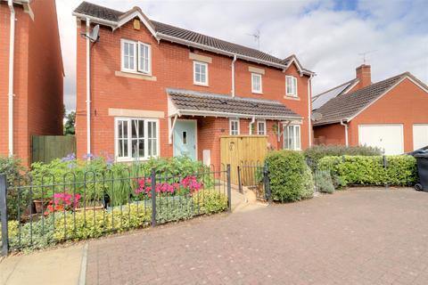 3 bedroom semi-detached house for sale - Merrifields, Cotford St. Luke