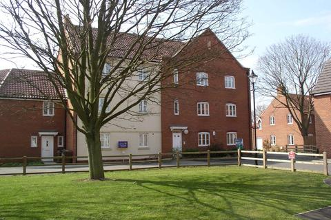 2 bedroom apartment to rent - Tall Pines Road, Witham St Huges