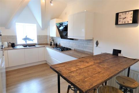 2 bedroom apartment for sale - Birds Hill Gardens, Poole