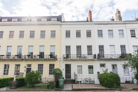 1 bedroom apartment for sale - Evesham Road, Cheltenham GL52 2AA
