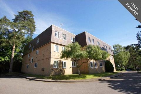 1 bedroom apartment to rent - Woodlands Court, Owlsmoor, Sandhurst, Berkshire, GU47