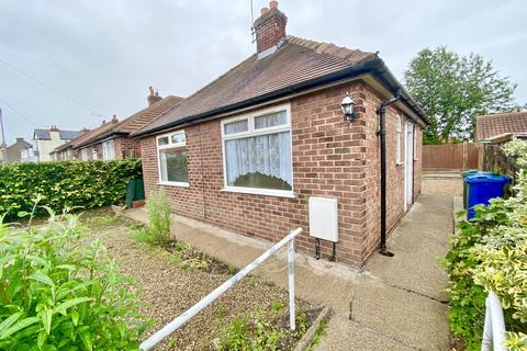 2 bedroom detached bungalow for sale - Gibson Street , Driffield