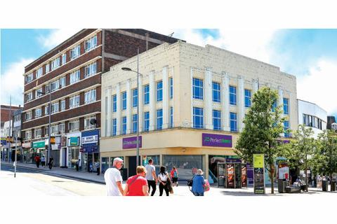 Shop to rent - Piccadilly, Hanley, Staffordshire, ST1
