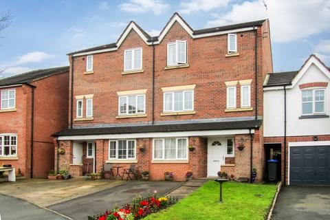 4 bedroom townhouse for sale - Briarswood, Biddulph, Staffordshire