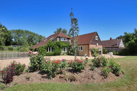 5 bedroom detached house for sale - Horns Hill, Hawkhurst, Kent, TN18 4XH