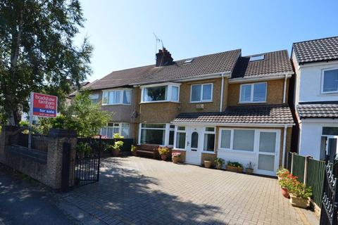 4 bedroom semi-detached house for sale - Downham Road North, Heswall