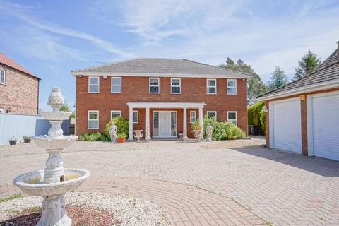 4 bedroom country house for sale - Smeeth Road, St John's Fen End, Marshland St James, Norfolk