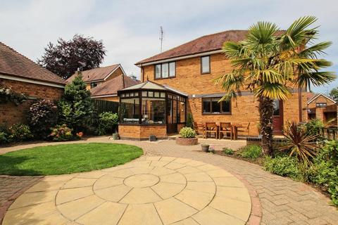 4 bedroom detached house for sale - Thornleys, Cherry Burton, Beverley