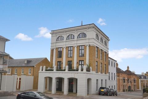 2 bedroom flat for sale - Wadebridge Street, Poundbury, Dorchester