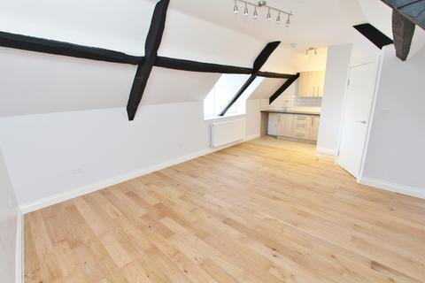 1 bedroom flat to rent - High Street, Keynsham