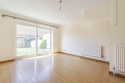 2 bedroom house - Britton Close London SE6