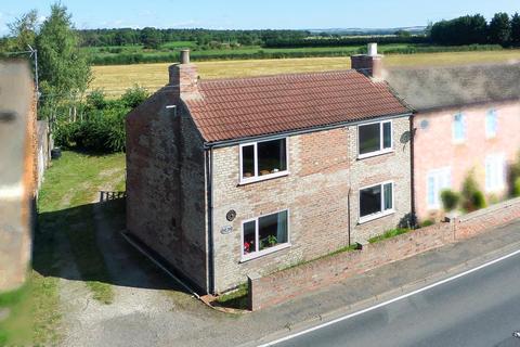 3 bedroom semi-detached house for sale - Water End, Holme on Spalding Moor, YO43 4HB