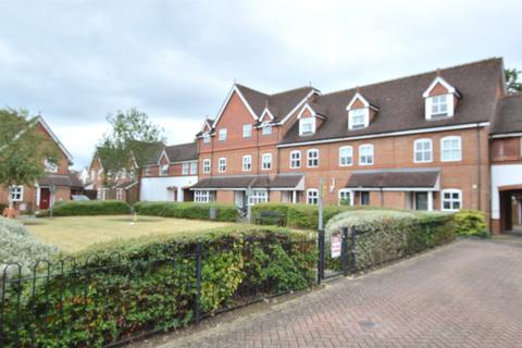 3 bedroom terraced house to rent - Regents Mews, HORLEY, RH6