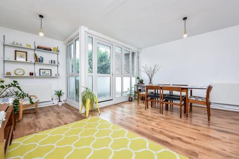 3 bedroom flat for sale - Hotspur Street, London SE11
